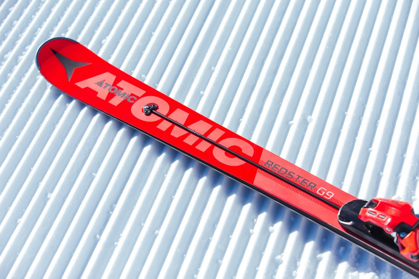 Ski Atomic Redster