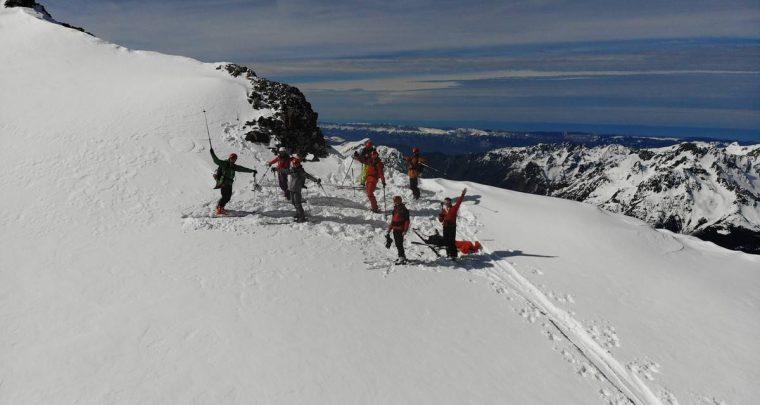Descente freeride sur le glacier du Grand Sablat avec Atomic