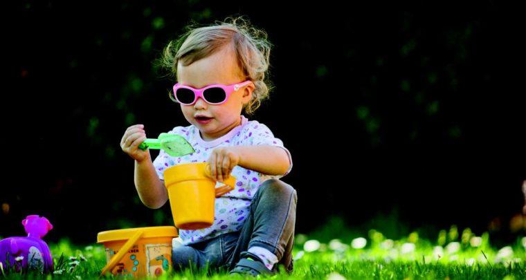 Comment bien choisir des lunettes de soleil pour enfant ?