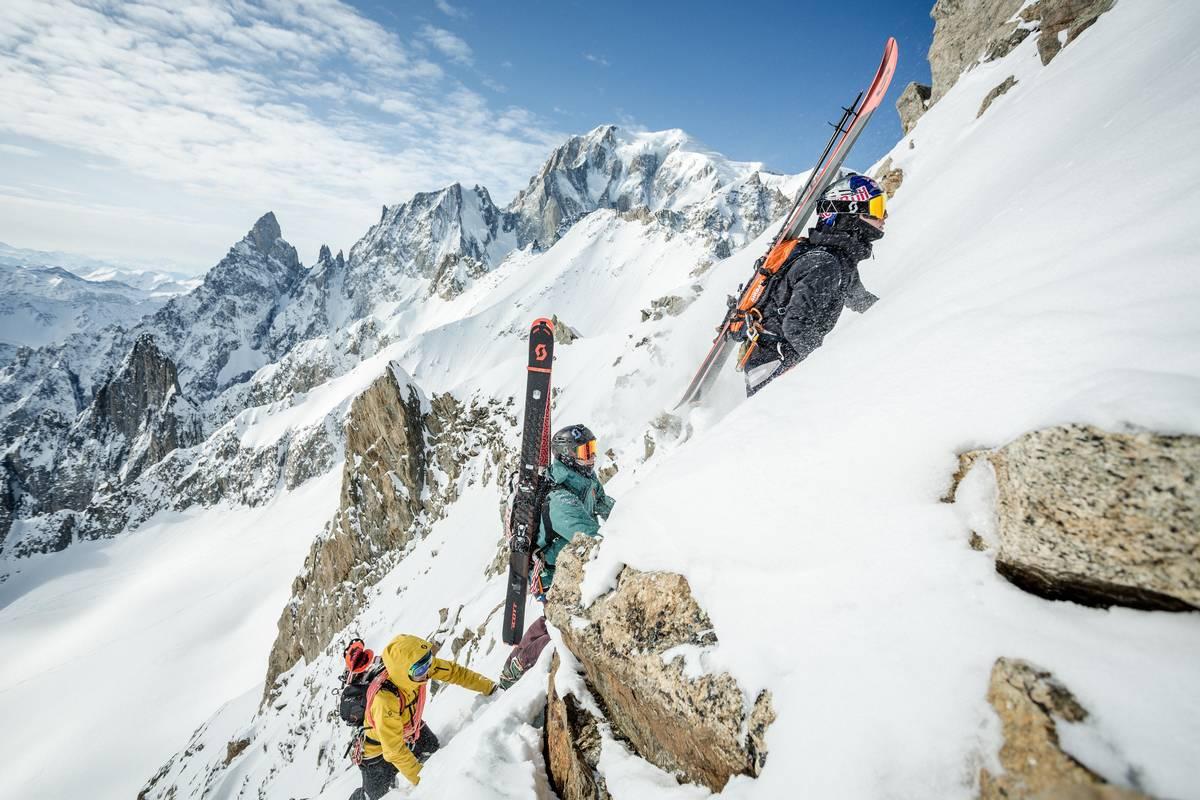 découvre les produits ski de randonnée Scott