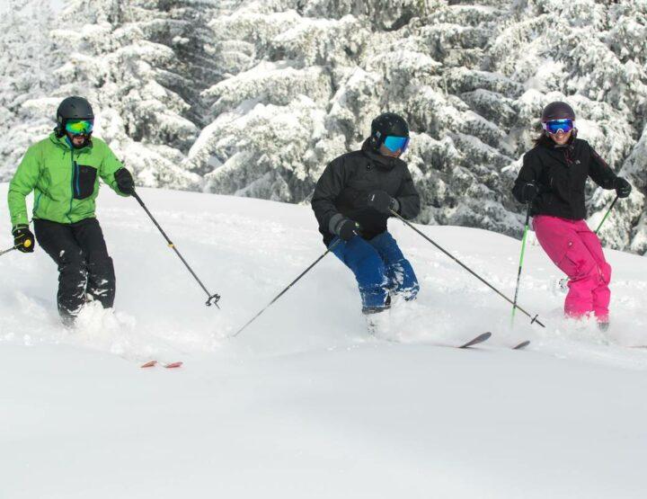 Protégez-vous avec les masques de ski, casques de ski et protections dorsales Cairn !