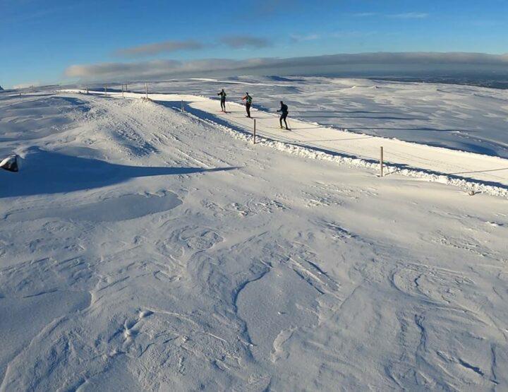 Une sortie de 90 km en ski de fond dans le massif du Sancy !