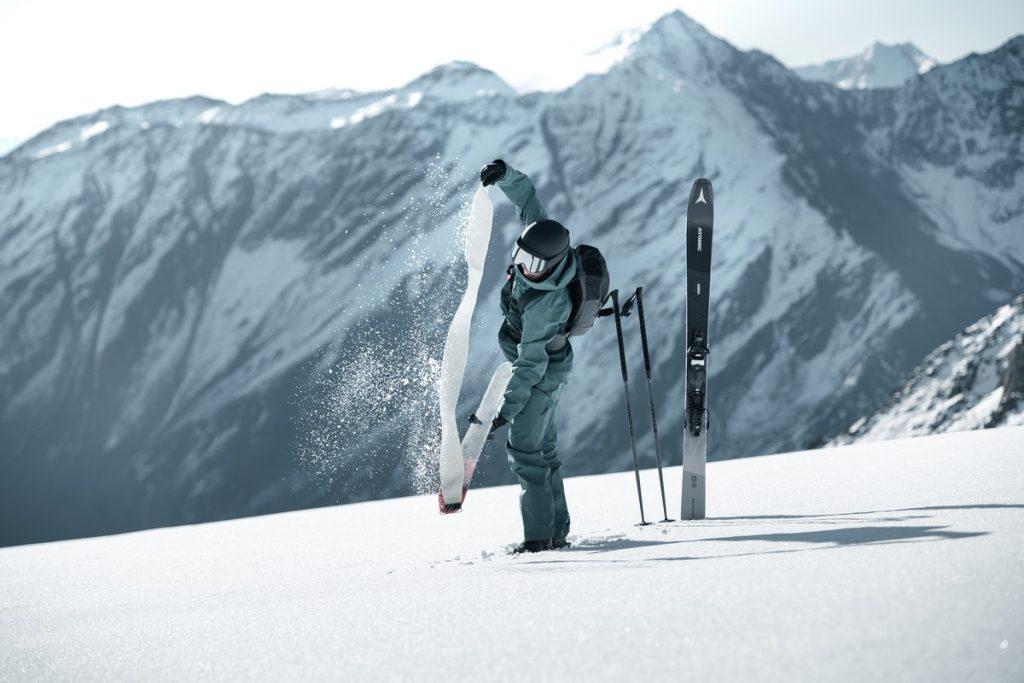peaux de phoque autocollantes pour skis de rando